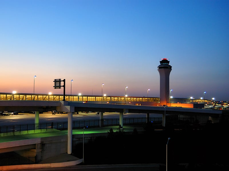 detroit largest airports in america