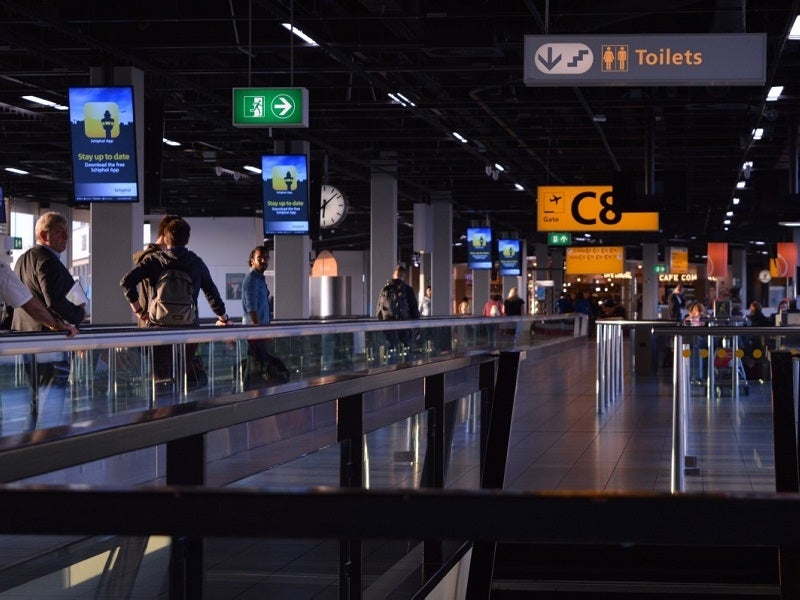 Virtual reality at airports: creating virtual airport tours with Ocean3D