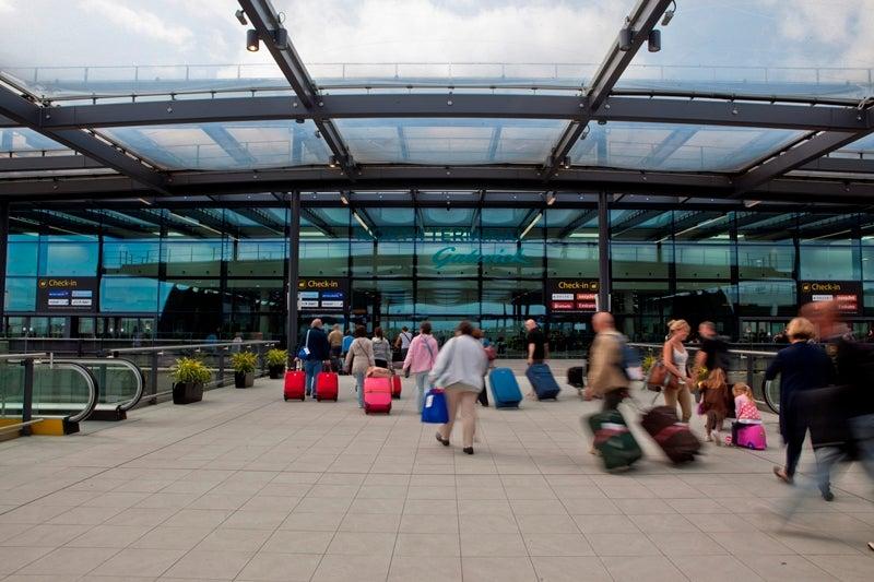 Gatwick Airport Covid-19