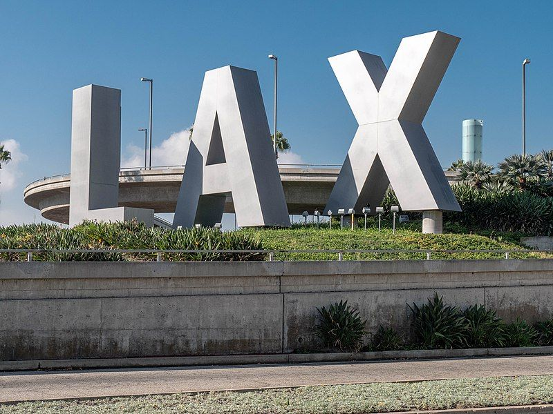 Covid-19: LAX restricts access to central terminal