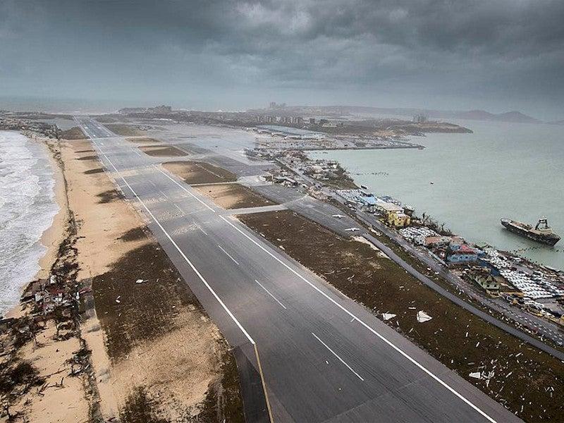 Princess Juliana International Airport Reconstruction