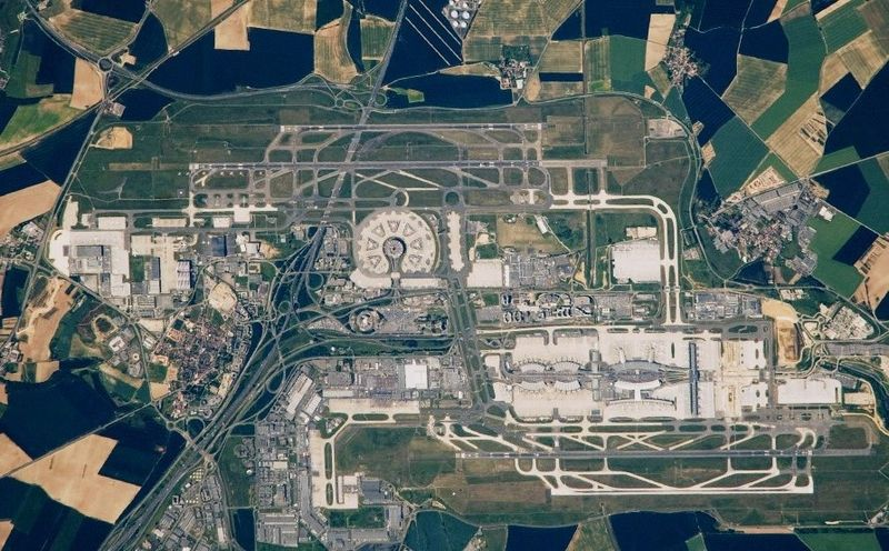 Charles_De_Gaulle_Airport