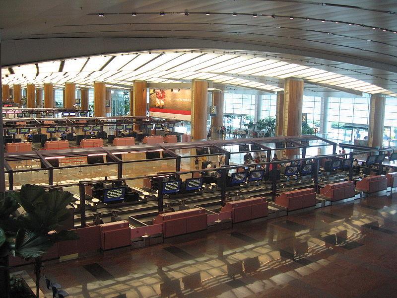 800px-Changi_Airport,_Terminal_