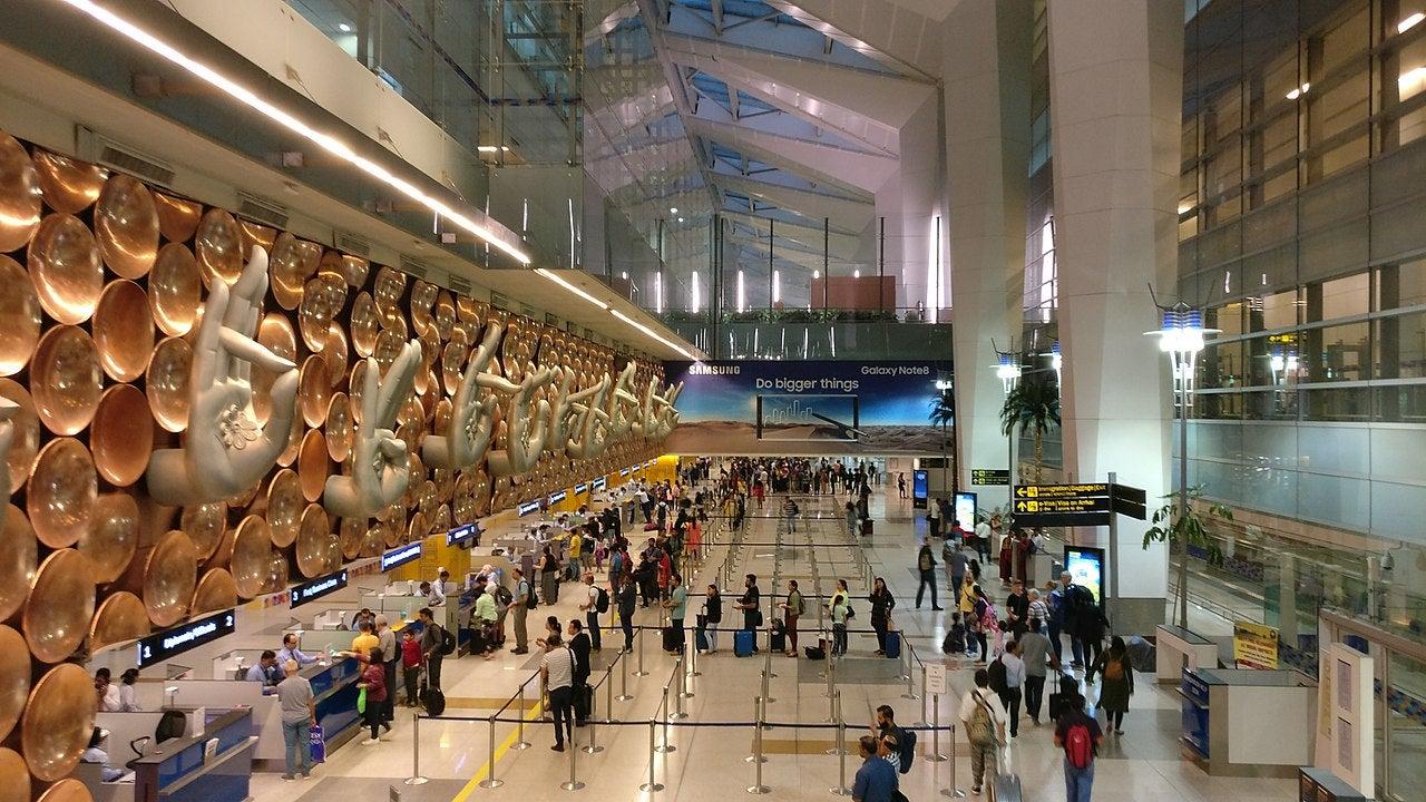 Delhi airport Covid-19
