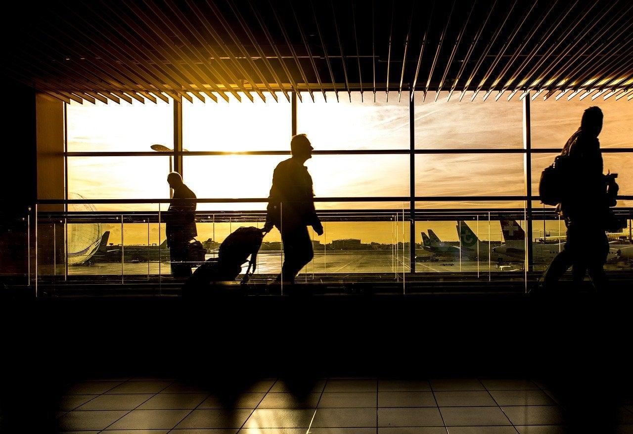 TSA reports drop in airport screenings in 2020