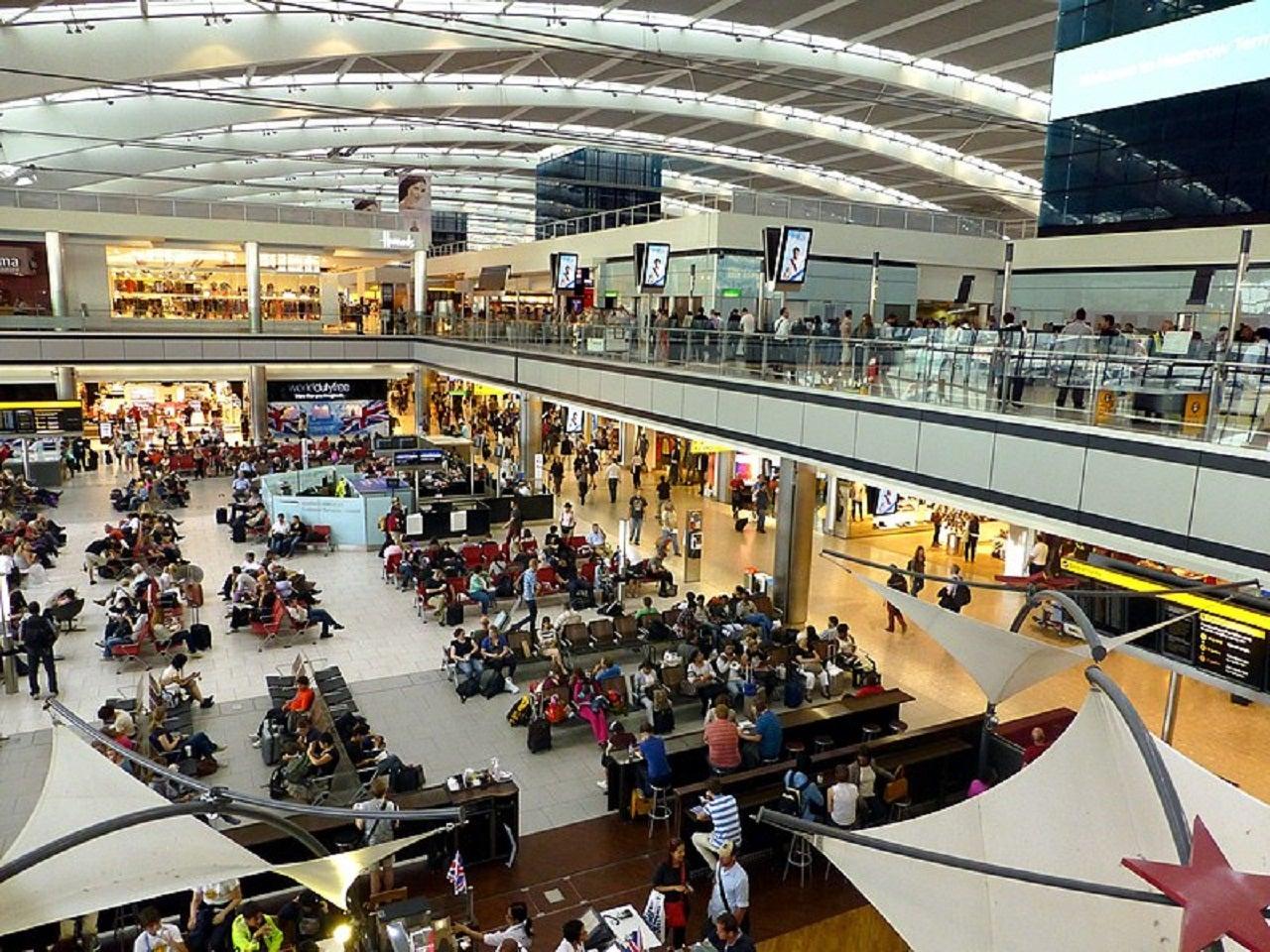 Heathrow Airport reports 72.7% decrease in passenger traffic in 2020